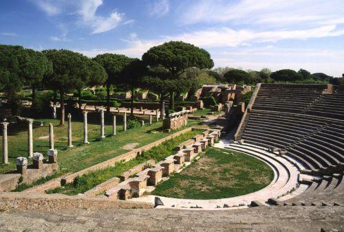 La ville d'Ostia Antica, ou Ostie en français, fut fondée vers 340 avant Jésus-Christ