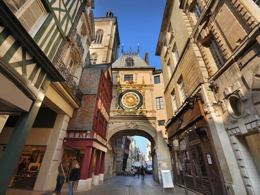 Rouen, ville française plus que millénaire - Son horloge, sa cathédrale, son centre piétonnier