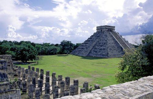 Chichen Itza est une ancienne ville maya située dans la péninsule du Yucatan au Mexique.