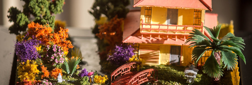 House with a Japanese Garden - Miniature Model Diorama