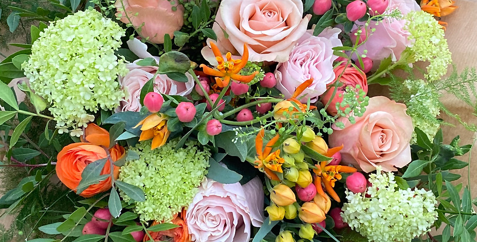 Luxury Mother's Day Bouquet of Florist Choice Mixed Flowers
