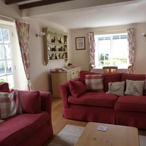 Melrose Cottage .jpg
