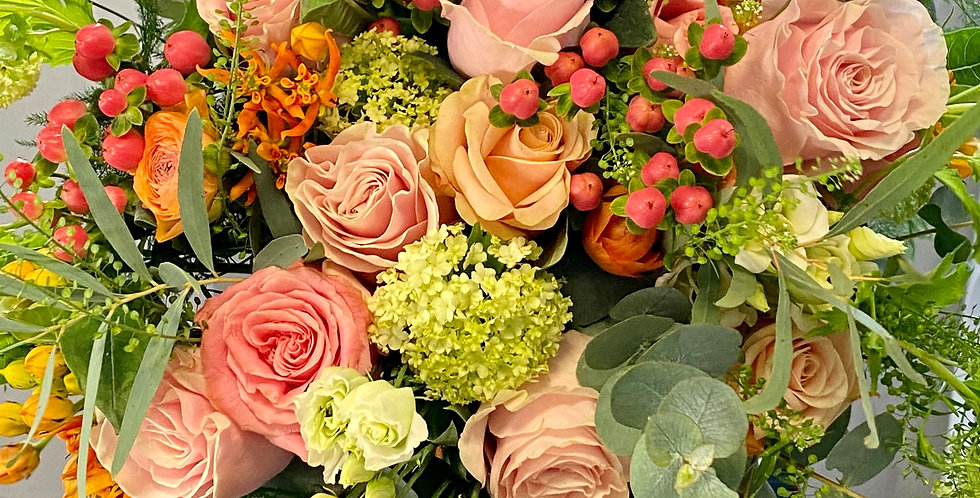 Large Mother's Day Bouquet of Florist Choice Mixed Flowers
