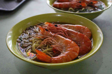 Can't decide which hawker centre to go to, and which hawker food you want to eat?