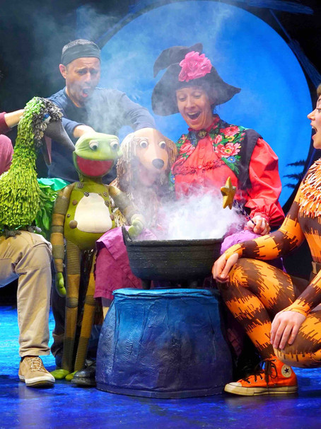 How to get ready for (and have fun at) a children's show