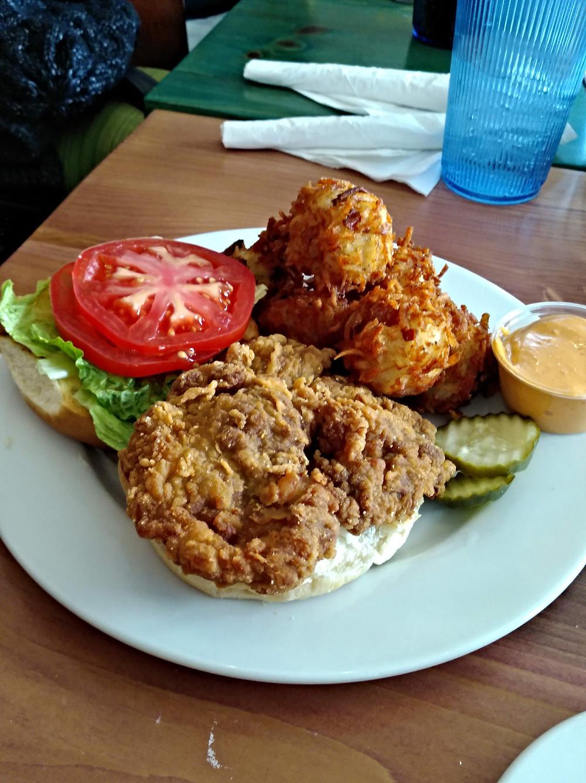 Peninsula Style Burger (chicken breast, blue cheese)
