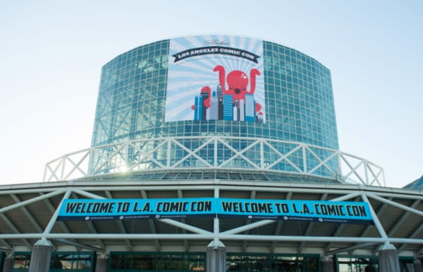Welcome To L.A. Comic Con banners hanging from the Los Angeles Convention Center.