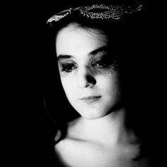 #1_Gutjahr_Barbara_After Party Girl_Photo_1x1.jpg