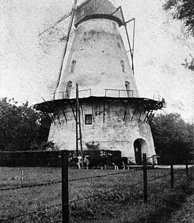 De oude molen rond 1940