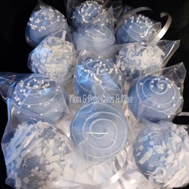 Blue & White Cakepops