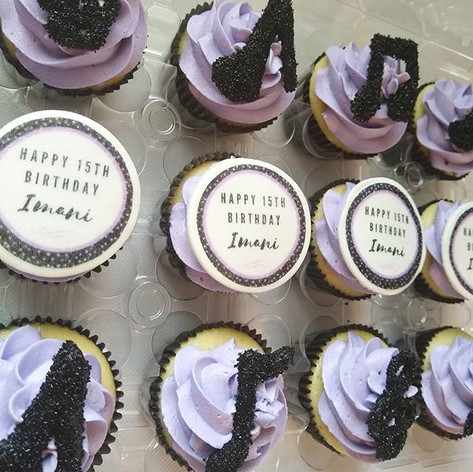 👠🎵🎶💜🎵🎶👠Music & High Heel Cupcakes