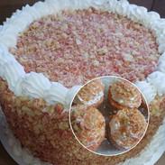 🍓 Strawberry Shortcake Crunch Cake