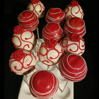 Red & White Cakepops