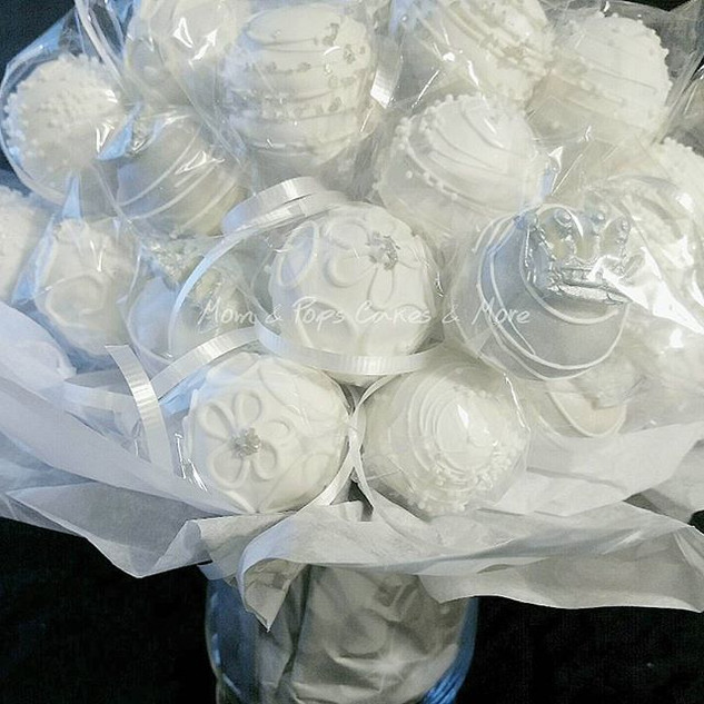 White & silver cakepops for an All White Party