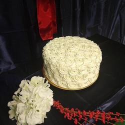 Single Tier 12 Inch Cake