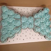 Baby Shower Bowtie Pullapart Cupcake Cake👶