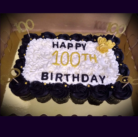 100th Pull apart Cupcake Birthday Cake