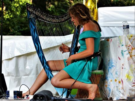 Friday, November 29, 2019 Harpist, Jessica Browning from Lyon, France