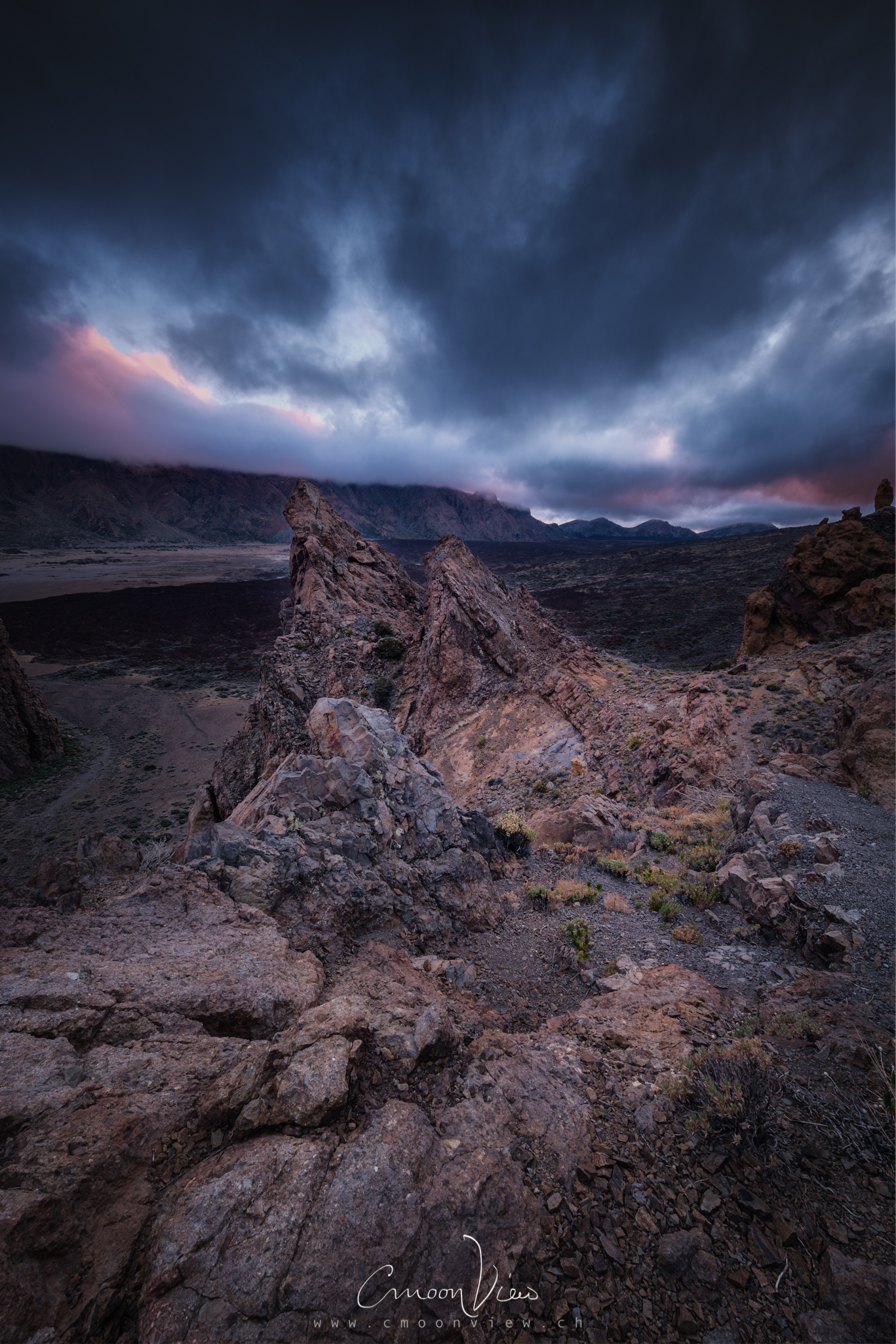 volcanic twins