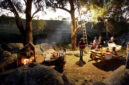 Drovers Kitchen - camp oven dinner under the stars
