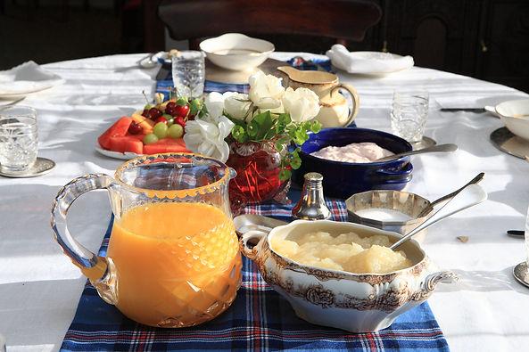 The breakfast table at Sharron Park