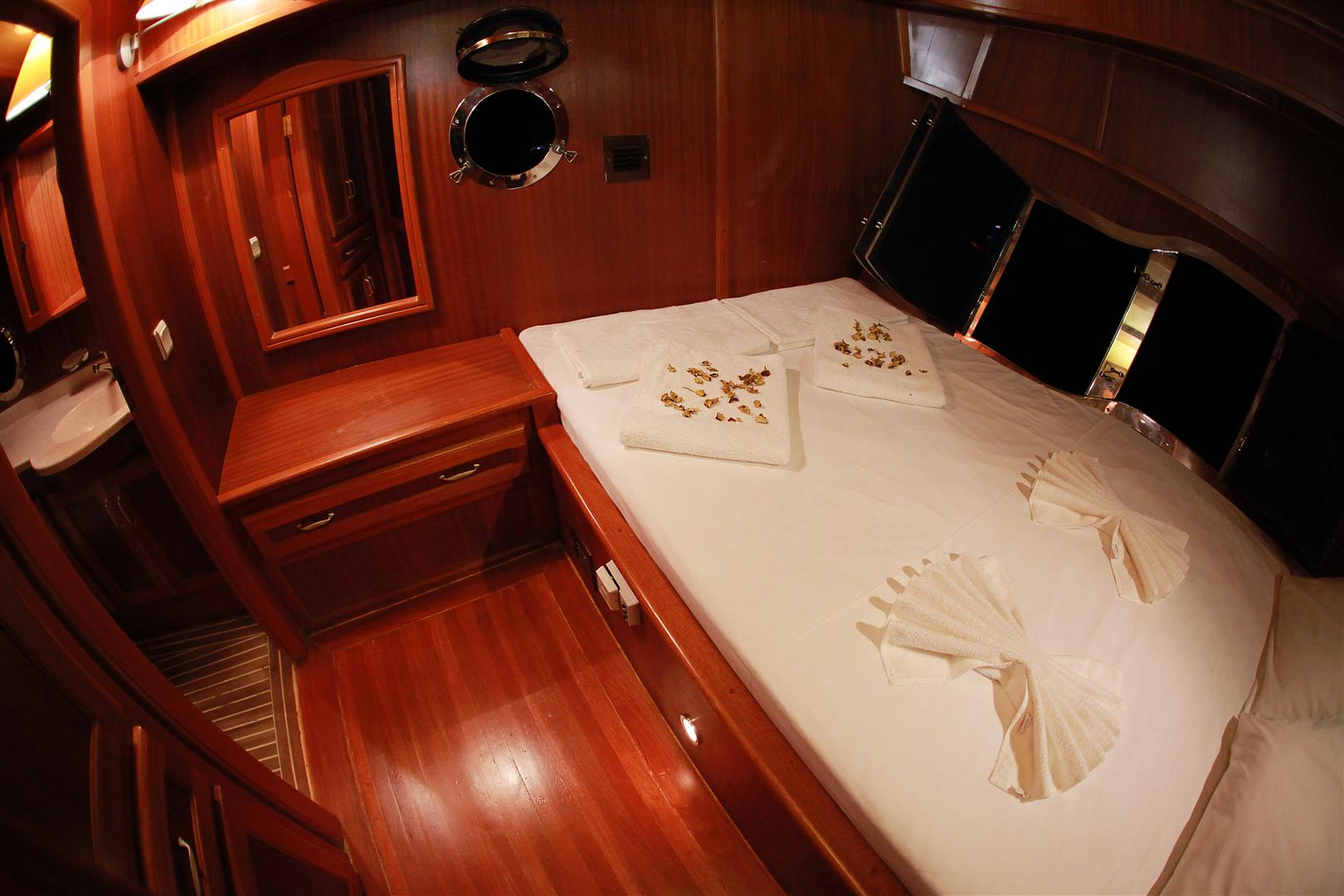 j.orcun double cabin view 1.JPG