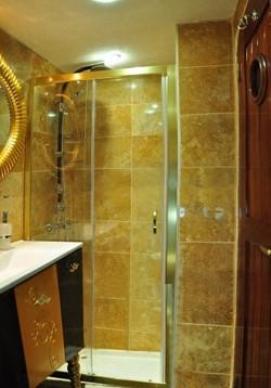 esma sultan twin cabin bathroom view 1.jpg