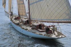 Sailing yacht - INVADER
