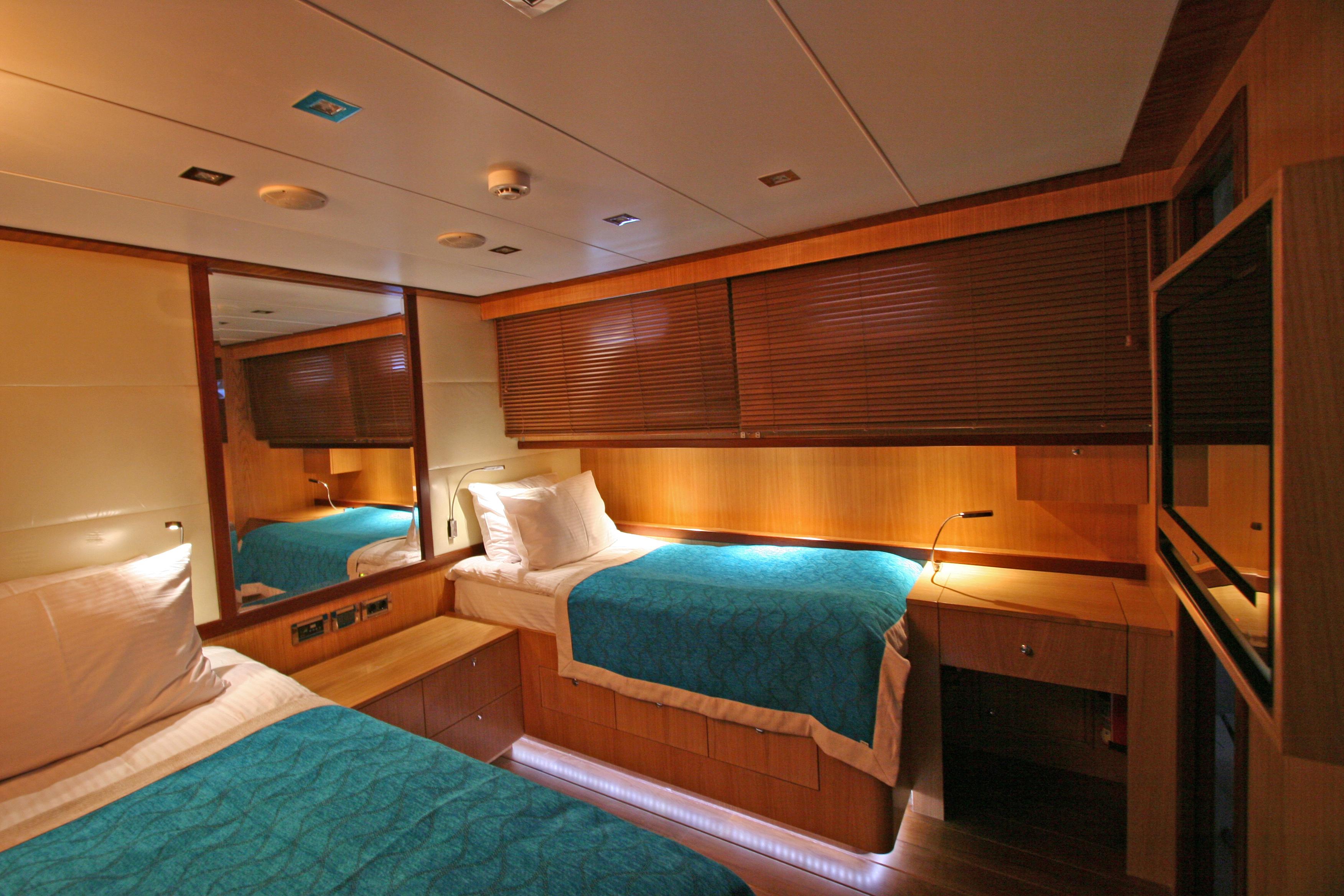 GETAWAY Twin Cabin 01.JPG