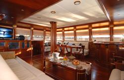 Interior Saloon.jpg