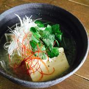 くずし豆腐の塩麹スープ