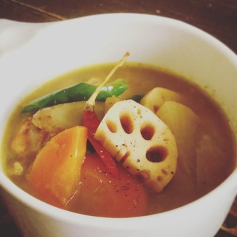 根菜のカレースープ