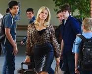 "1st Episode of CBS Tv Sitcom ""Bad Teacher"""