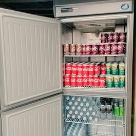 飲み放題用冷蔵庫