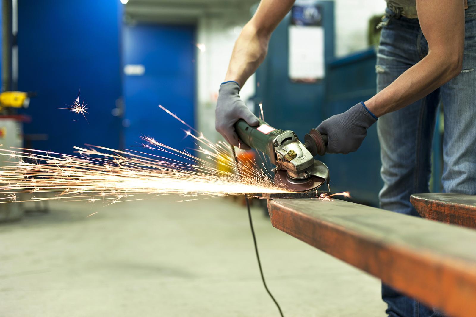 Hands-Sawing-Metal