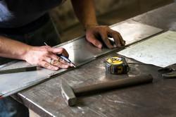 Metalworker-Marking-Measuremen