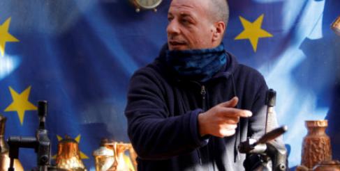 Anerkend fordelene ved at integrere resten af Balkan i EU
