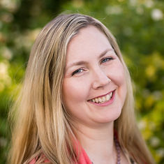 Amanda Buckle, Birth Doula, Registered Acupuncturist