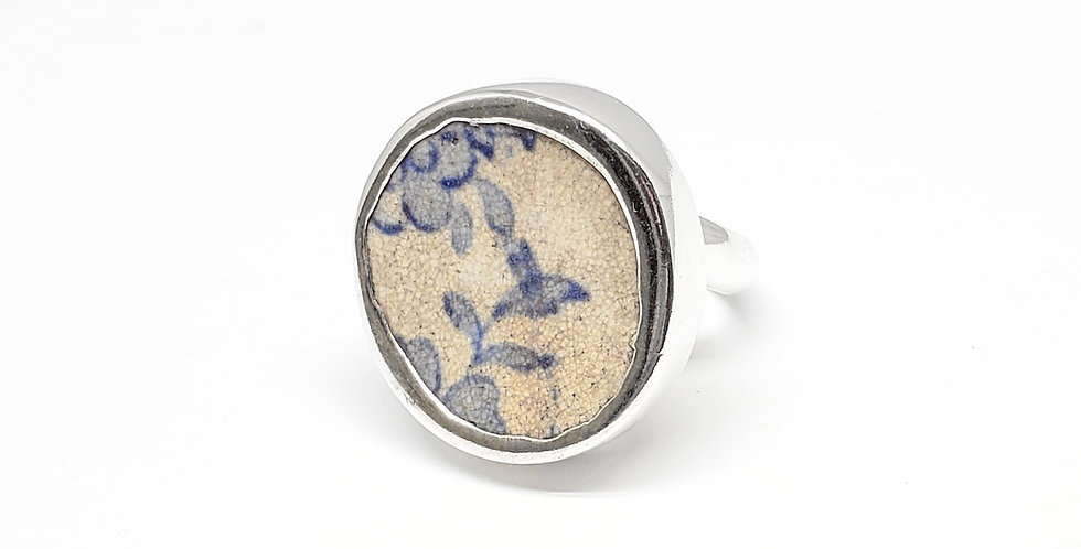 Chaney Floral Leaves Ring