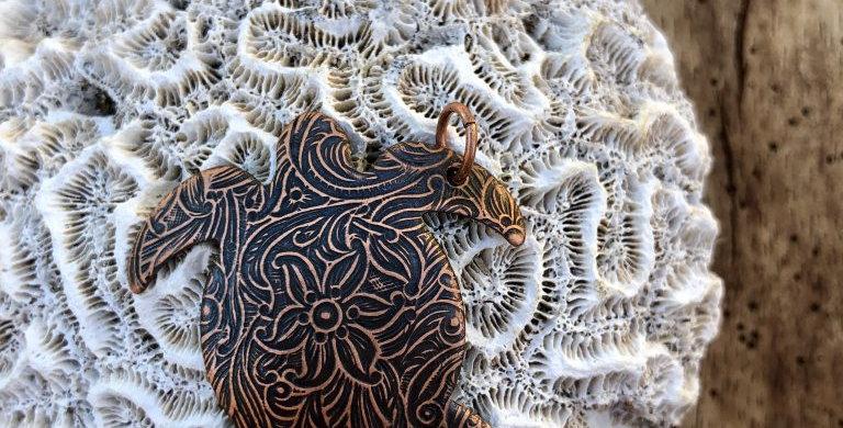 """""""Honu"""" Sea Turtle Pendant"""
