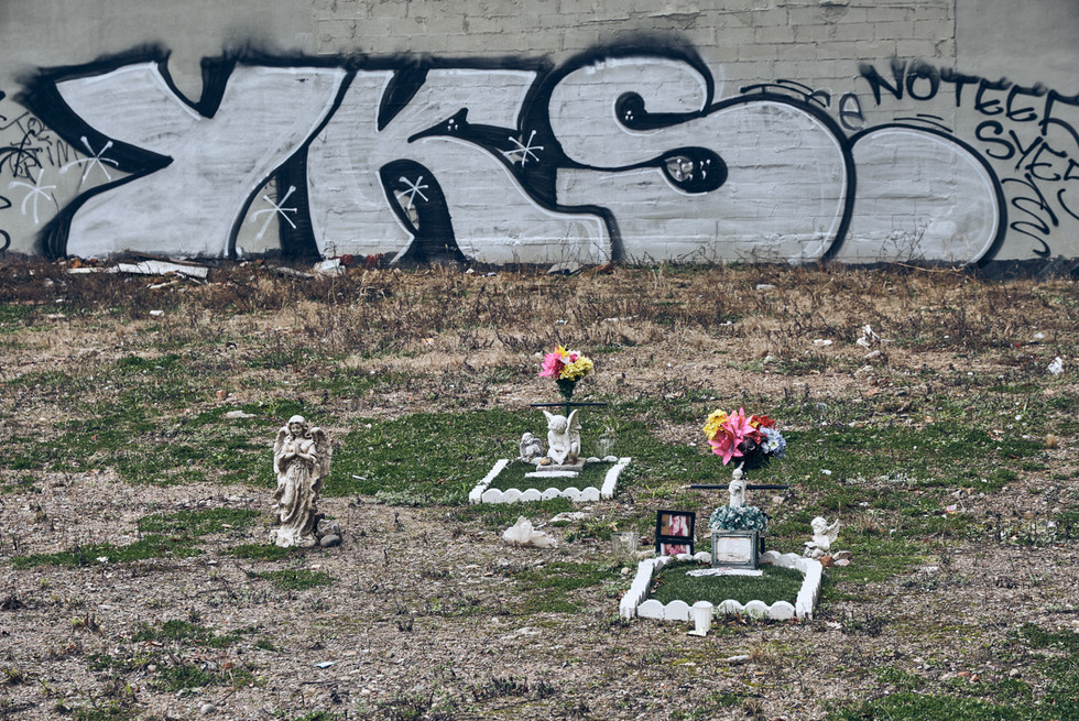 USA / New York City / 05.03.2018 /  Mini-cemetary in East Village.