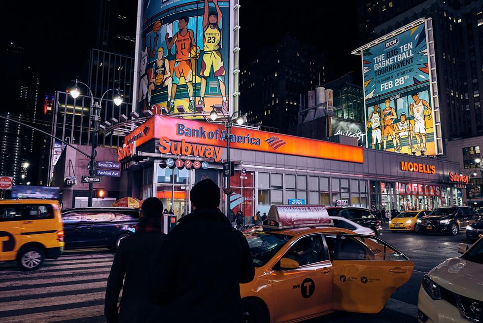 USA / New York City / 06.03.2018 /  Street scene at 7th Avenue.