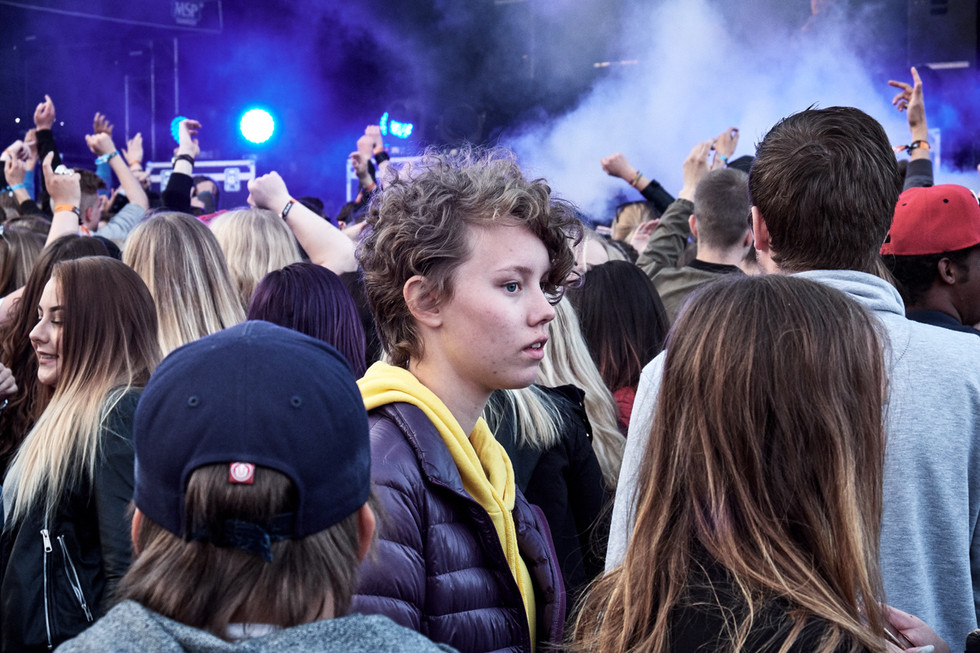 SWEDEN / Norrbottens laen / Kiruna / 30.06.2017 / Fan of Sofia Jannok at the Kirunafestival concert © Gregor Kallina / Anzenberger
