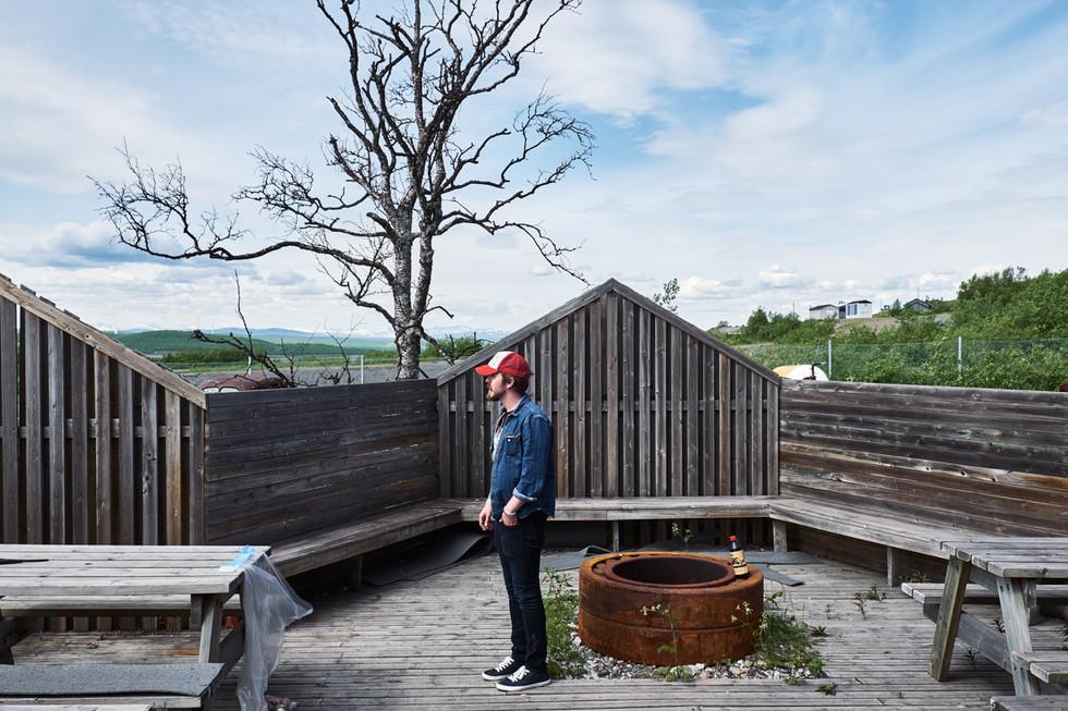 SWEDEN / Norrbottens laen / Kiruna / 01.07.2017 / Fan at the Backyard Bärs festival © Gregor Kallina / Anzenberger