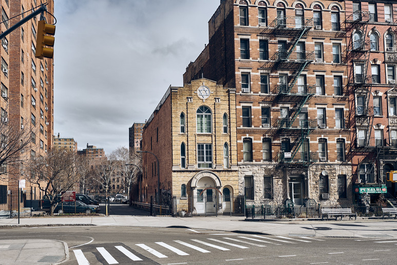 USA / New York City / 05.03.2018 /  Street scene in East Village.