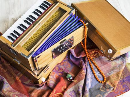キールタン曲を鍵盤で弾いて歌ってみよう!Zoomオンライン受講可 【12/17 (木) 午後】