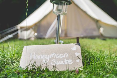 Nomadic Weddings