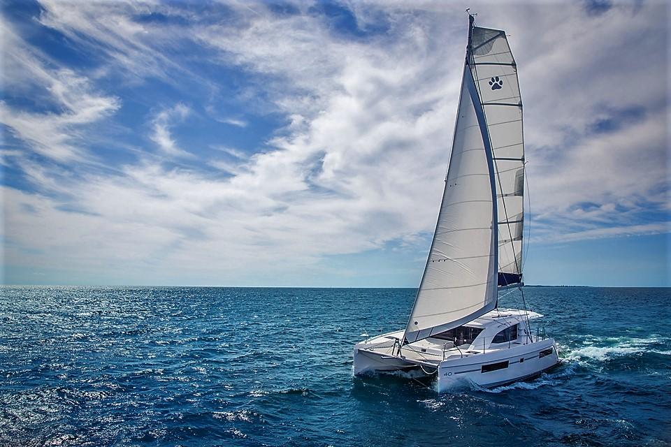 3-L40-Sailing-9095_0.jpg
