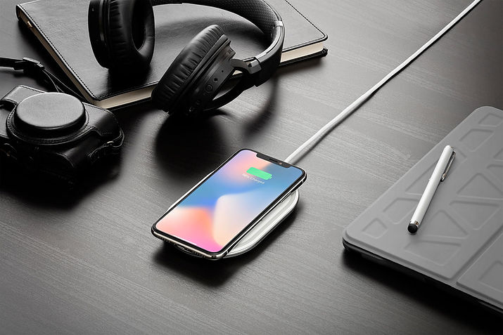 Phone wirelessly charging on a Ubio Labs charging pad