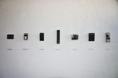 remote control, 2000 Fernbedienungen aus diversen Haushalten, variable Dimensionen